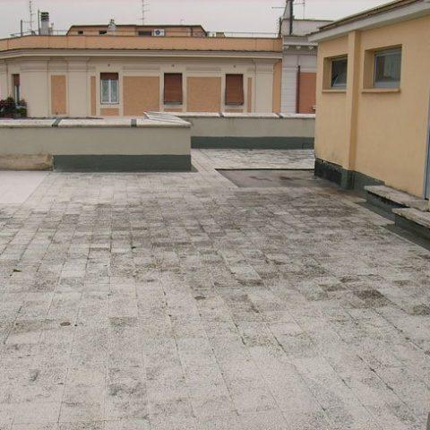 Roma – Via Salaria – Rifacimento impermeabilizzazione coperture